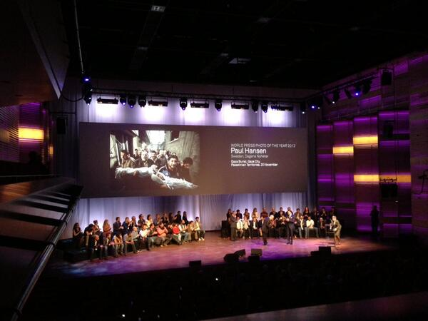 Prince Constantijn of the Netherlands & #WPPh_AD13 winner #PaulHansen on stage in MuziekGebouw IJ pic.twitter.com/XehEPKaT2i