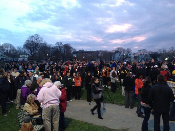 Candlelight vigil beginning on my old baseball field in Dorchester. pic.twitter.com/CrNfS60zrk