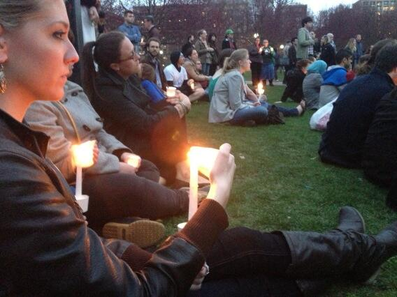 RT @bostonmagazine: People lit candles and sang on Boston Common tonight during the vigil. pic.twitter.com/1lKXKdZJlo