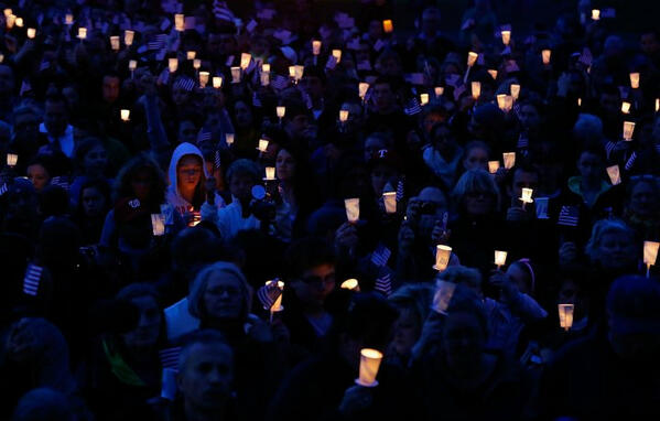 Candlelight vigil for Martin Richard in Boston. No words. pic.twitter.com/Sx8IGneKrd