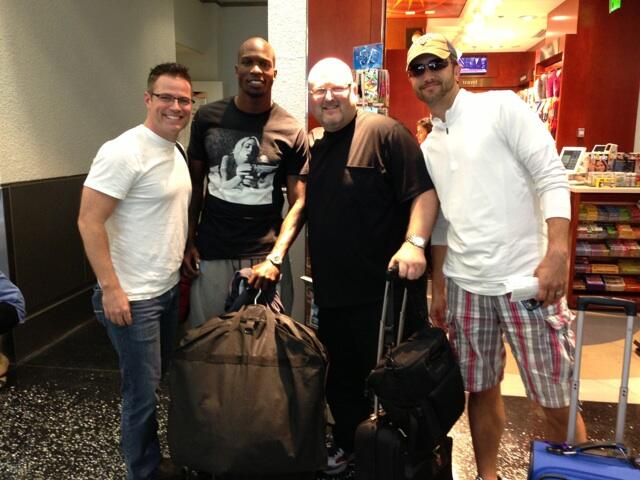 Twitter / LasVegasTenors: @ochocinco here's our photo ...