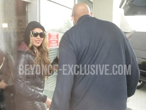 Beyoncé > Apariciones en público <Candids> [III] BIN9S8dCMAAZkVI