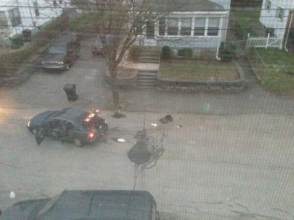The bomb squad has gone through the backpacks #mitshooting #mit #boston pic.twitter.com/vefNkzwfi3