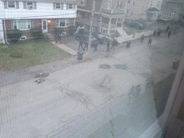 Swat is out on laurel st. #mitshooting #boston #mit pic.twitter.com/ojlbXWEShv
