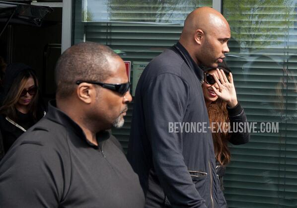 Beyoncé > Apariciones en público <Candids> [III] BIOJ6D5CcAATXjV