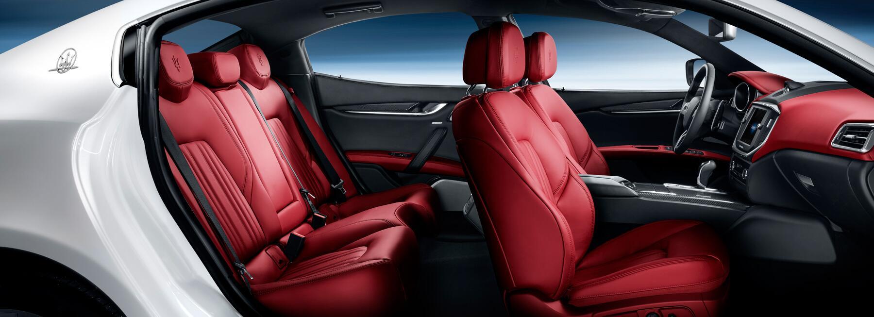 2014 - [Maserati] Ghibli - Page 6 BIRCbgzCIAAQmlO