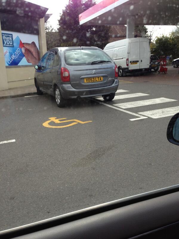 VO53 LTA displaying Inconsiderate Parking