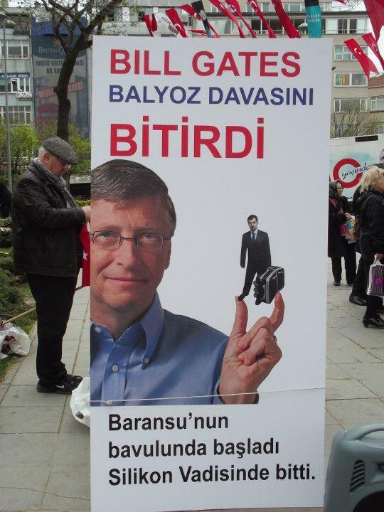 Bill Gates Balyoz Davasını bitirdi...! pic.twitter.com/xpglRCmD4G