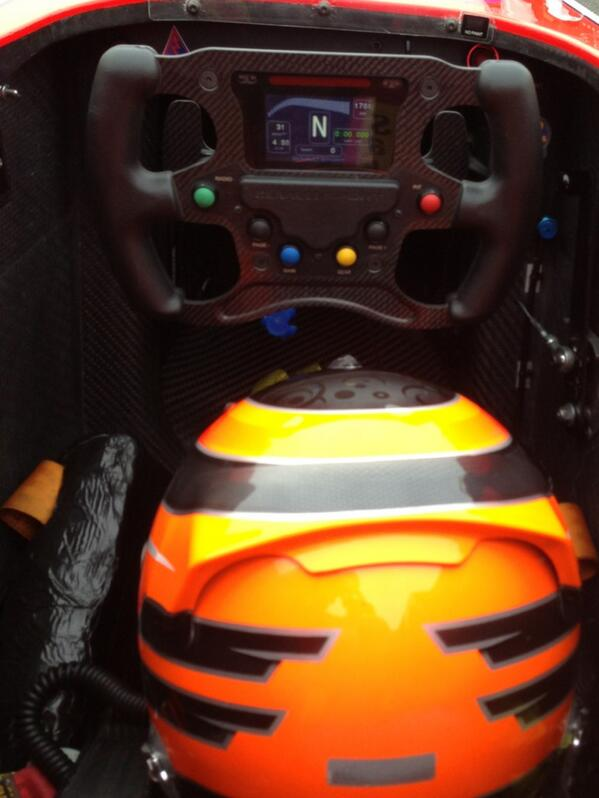 Probably shouldn't be tweeting on the grid.. #readytorace #Nurburgring http://pic.twitter.com/UHDfyiwoNN