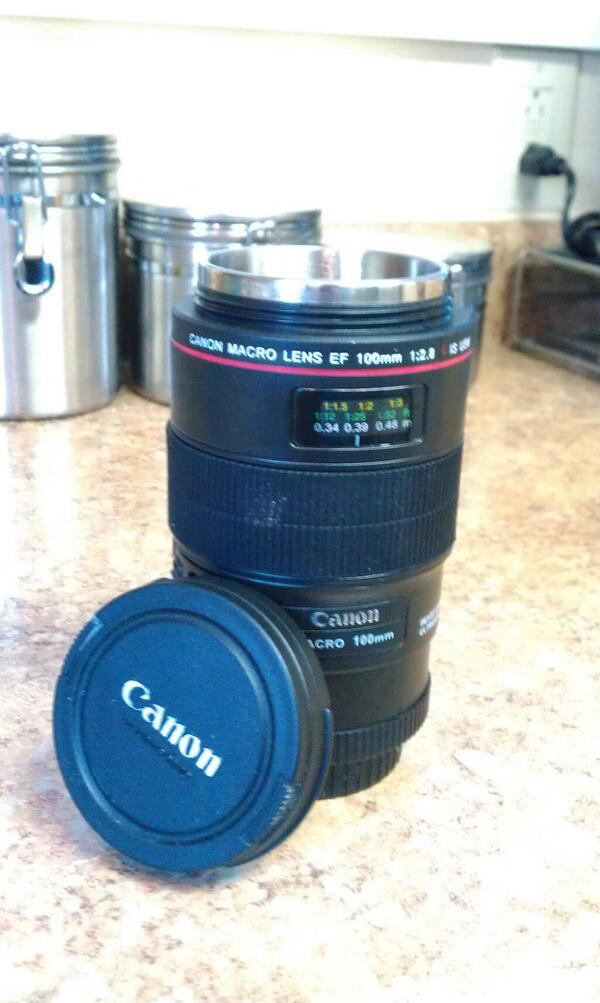 @905wesa My favorite mug is a camera lens! #pghcoffee pic.twitter.com/UL9eDWIMVH