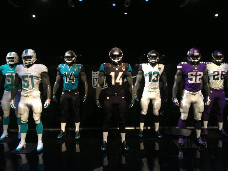 BIjcNWpCQAANBKG Jaguars New Uniforms