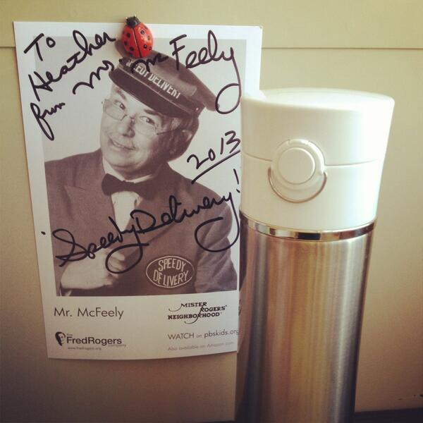 Listening @905wesa with Mr Thermos & Mr McFeely. Coffee's gr8 fuel for a speedy delivery! #nprcoffeeweek #pghcoffee pic.twitter.com/wWrG3c9GWE