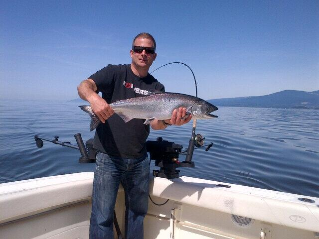 Another nice Spring salmon off the south end of Bowen island. Gibbs highliner flashers with herring or chovs