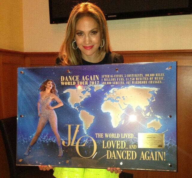 Tour >> 'Dance Again World Tour 2012' - Página 21 BIoeaCBCMAAHVIo
