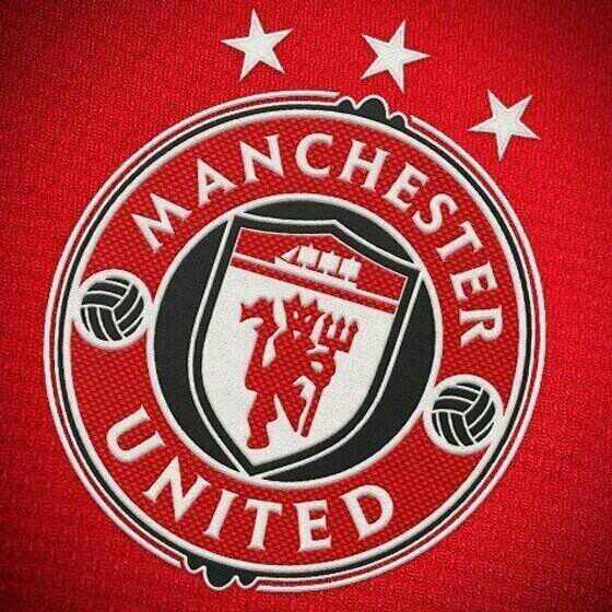 Este Seria El Nuevo Escudo Del Manchester United Para La