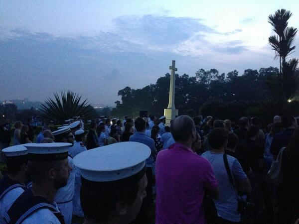 ANZAC day in Singapore at Kranji war cemetery #abcanzac pic.twitter.com/m4bkgeD3Kt