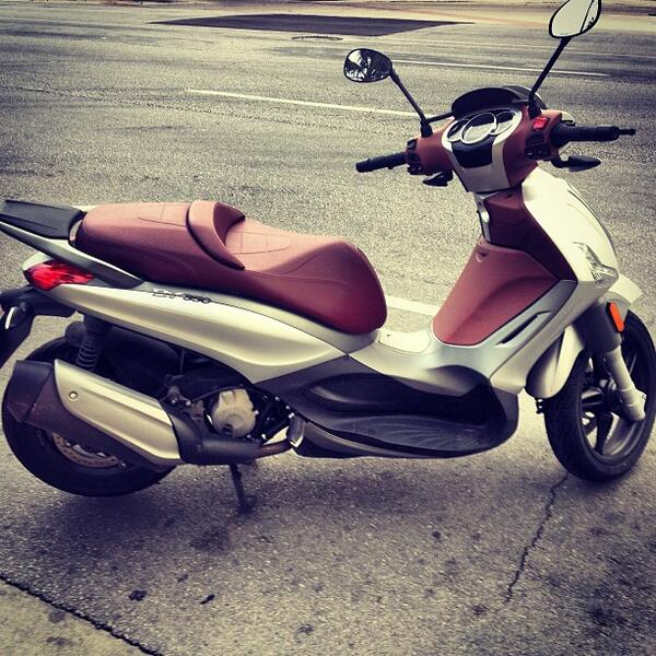 This is our #instagram #piaggio #pictureoftheweek. http://t.co/LF5ikBqGaz