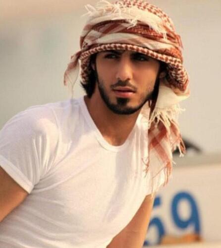 omar borkan al gala ini dia orang di deportasi di saudi ._. pic.twitter.com/pDRf8s8oIB