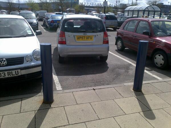 AP57 AFU displaying Inconsiderate Parking