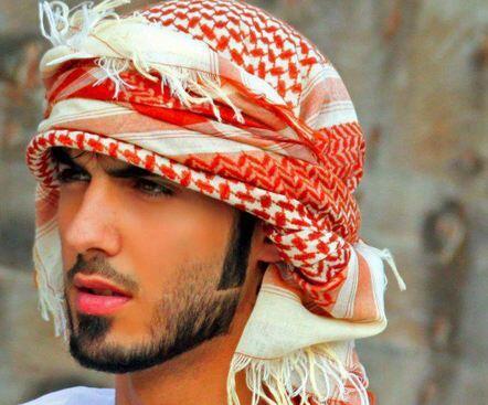 Omar Borkan Al-Gala dideportasi dari Arab Saudi karena terlalu tampan & terlalu ganteng. pic.twitter.com/AKa03NNxAH