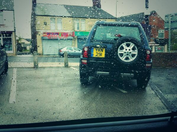 YKN 291 O displaying crap parking