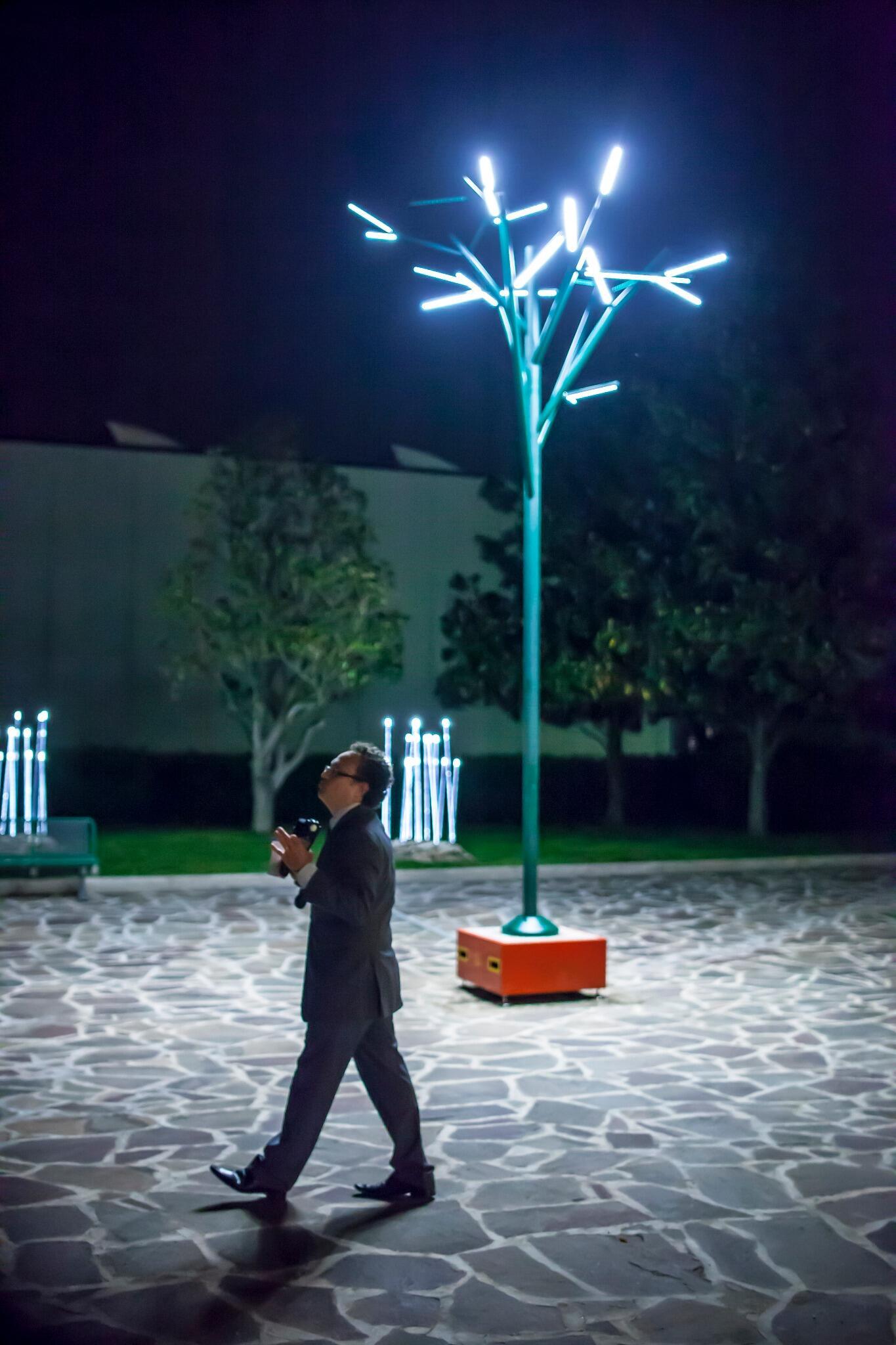 iguzzini on twitter 39 albero 39 urban lighting fitting. Black Bedroom Furniture Sets. Home Design Ideas