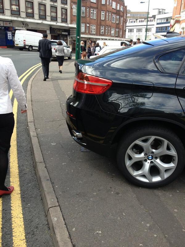 HJ12 KOD displaying Inconsiderate Parking