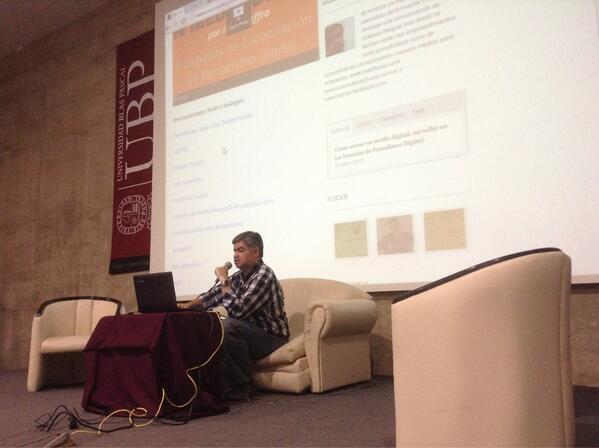 Ahora en #jornadasdigitales @italodaffra sobre como armar un medio digital @AgusTonet @romaeugenia @raquelwolansky pic.twitter.com/gwsWsIARGm