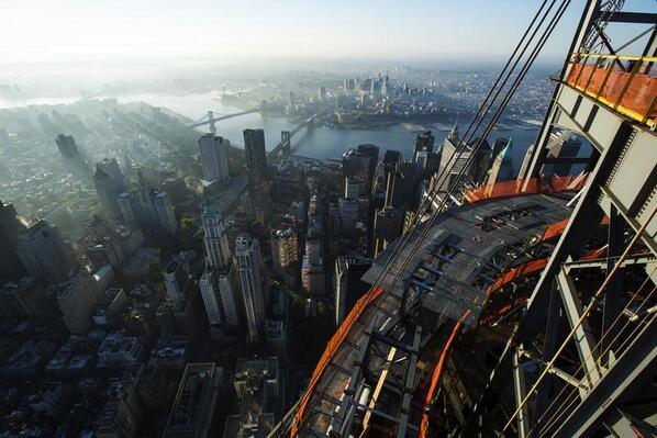 Absolutely breathtaking @ReutersPictures of the new One World Trade Center reut.rs/18zfY8B pic.twitter.com/GmP0OFkqhq