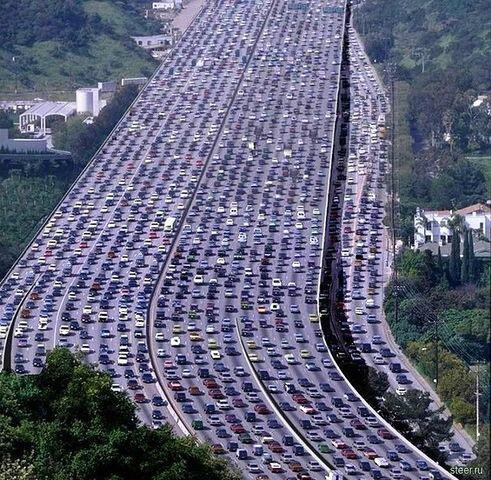 """Nik on Twitter: """"Para los que se quejan del tránsito de acá, miren lo que  es el tránsito en China! http://t.co/gwPIXmQkmR"""""""