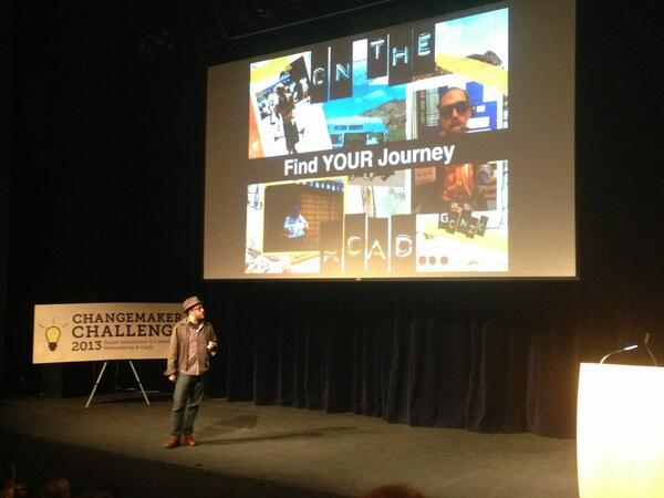 @daveohoots #storytelling on how to #inspire & #bethechange @CAPUChangemaker Showcase pic.twitter.com/CrzkQYS0cY