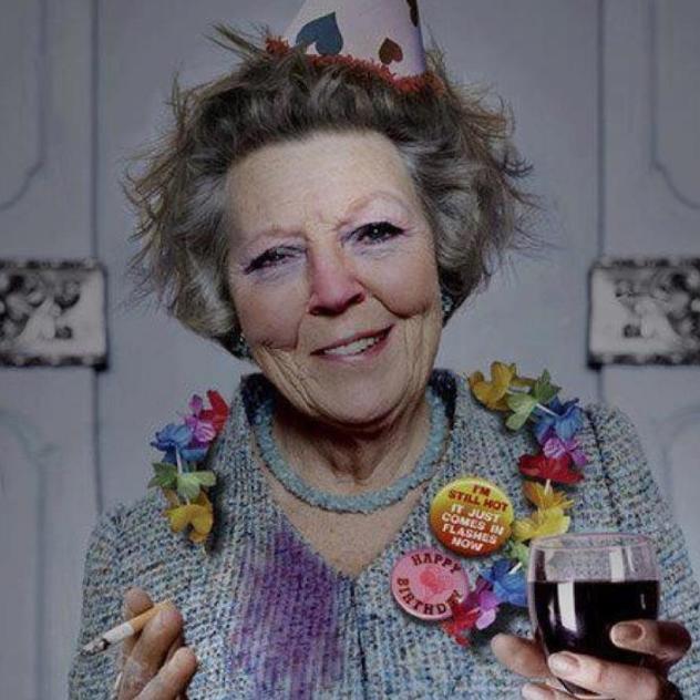 Twitter / yizmo: [image] #Beatrix heeft haar ...