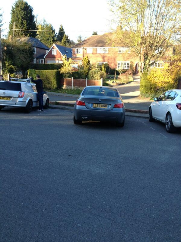LL58 KNM displaying Inconsiderate Parking