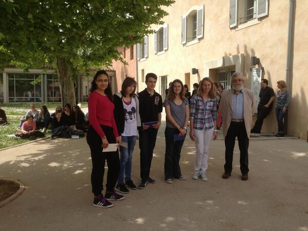 Les gagnants du concours lecture 2013 #etsicetaitlivre bravo !!! pic.twitter.com/dfusfI4aZg