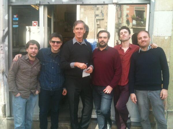 Sir Robert Forster, feliz cual perdiz con su banda barcelonesa.Mańana en Primera Persona: pic.twitter.com/GpwoVGAt2C