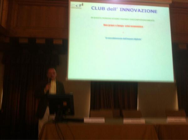 Intervento di Marco Bergamaschi al Club dell'Innovazione pic.twitter.com/VFzYHR6WM6