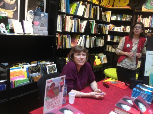 C'est parti pour la dédicace a la librairie #etsicetaitlivre On vous attend !!! pic.twitter.com/v7Ny83IABT