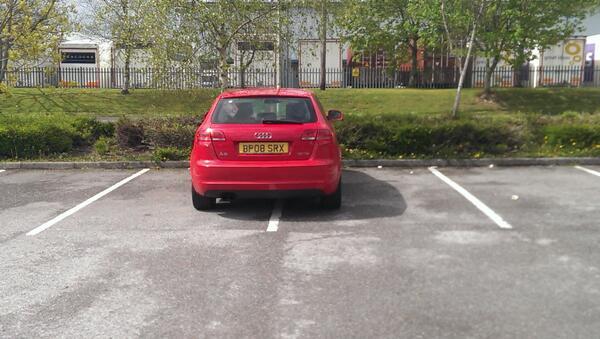 BP08 SRX displaying Inconsiderate Parking