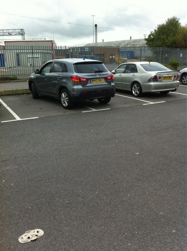 WN12 GRJ is a crap parker