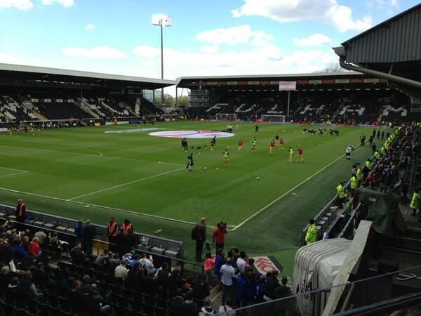 Fun to be back at the Cottage! Result was bad:( Thx for the fantastic reception I got at half time! #fulhamfc #coyw pic.twitter.com/KLn7cNA5wl