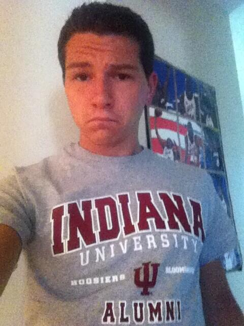 New shirt. Mixed feelings about it. #IUgrad13 pic.twitter.com/MEurvrtYVE