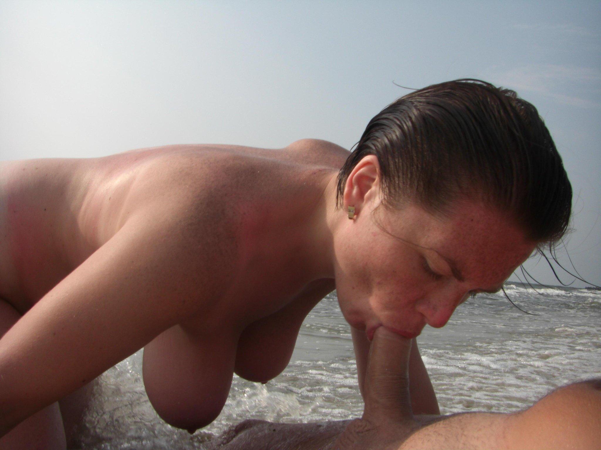 минет на пляже русские-видео