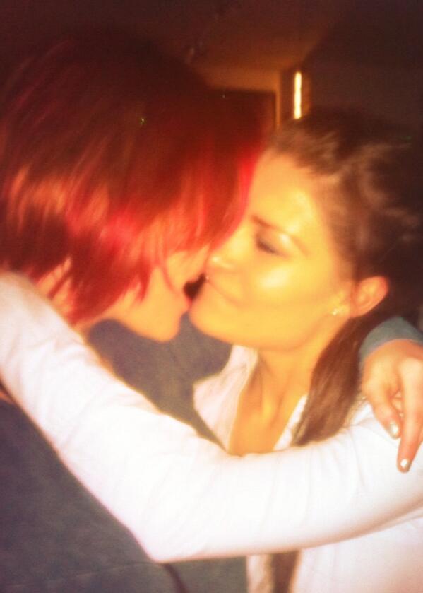 pics Drunk lesbians