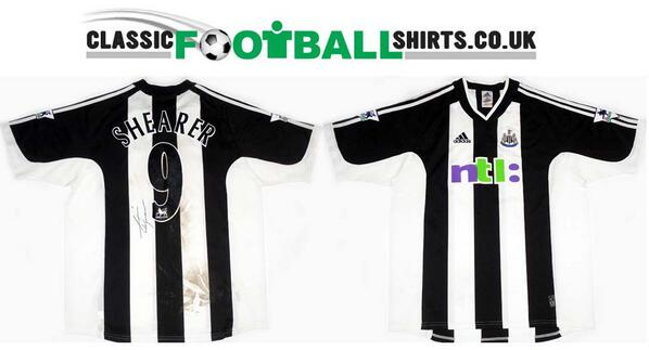 cheap for discount 232d7 3991d Classic Football Shirts on Twitter: