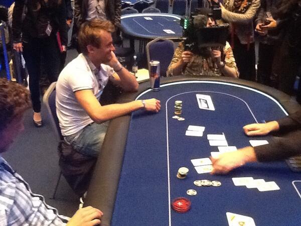 Вся норвежская страна делу покера верна! - Страница 6 BJmQ2CzCQAEvgA2