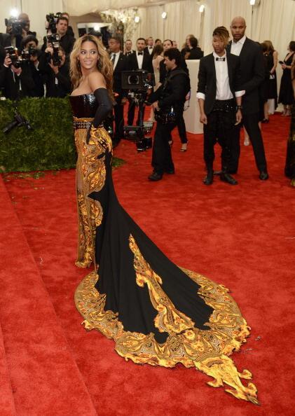 News sobre Beyoncé [V] BJn7gHzCIAE8xlU