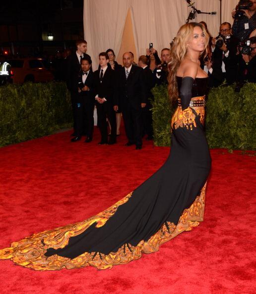 News sobre Beyoncé [V] BJn8OGMCQAQZ9nN