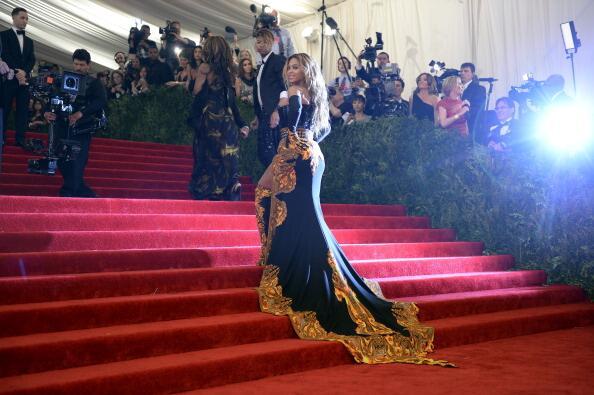 News sobre Beyoncé [V] BJn8v5WCUAEFMHU