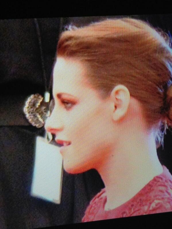 """maripazTROMPE on Twitter: """"her perfect nose, face, profile ..."""