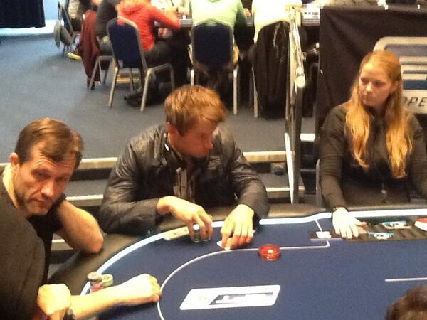 Вся норвежская страна делу покера верна! - Страница 6 BJqq6iLCYAAgqGU